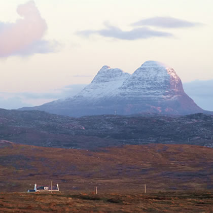 Meall Dubh with Suilven in the background